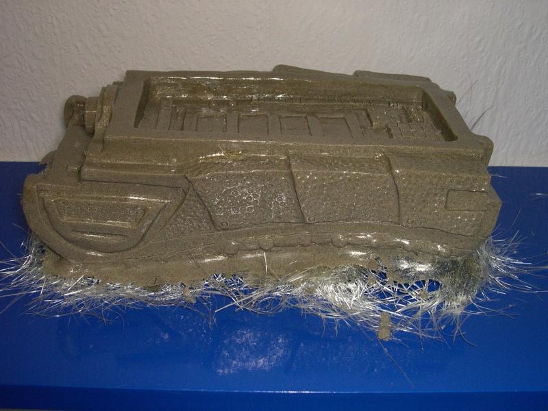 COSTUME PREDATOR GOLDO38 &  SCAR et objets echelle 1 Dscn2814