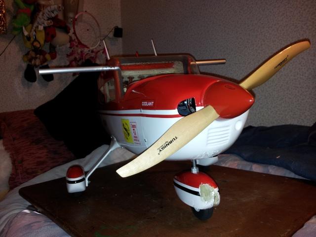 Cessna 182 1.6M de Phoenix Model - Page 5 20120518
