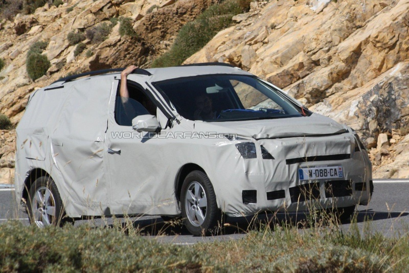 2011 - [Renault] Scénic III Restylé [J95] 15936210