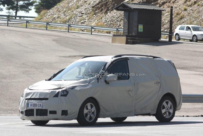 2011 - [Renault] Scénic III Restylé [J95] 71546810