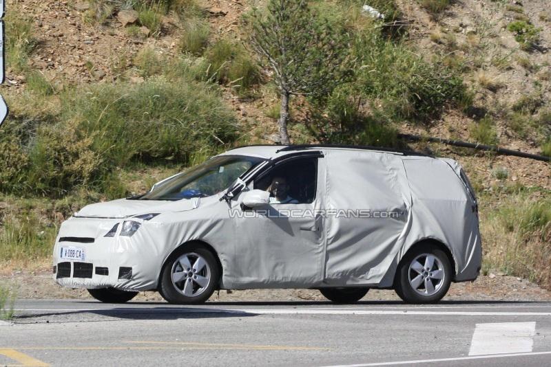 2011 - [Renault] Scénic III Restylé [J95] 93833210