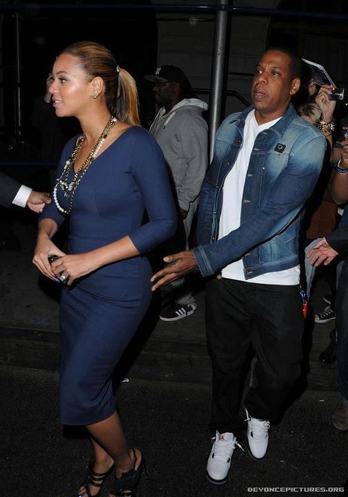 Beyoncé de sortie à NY (19 mars) 39901910