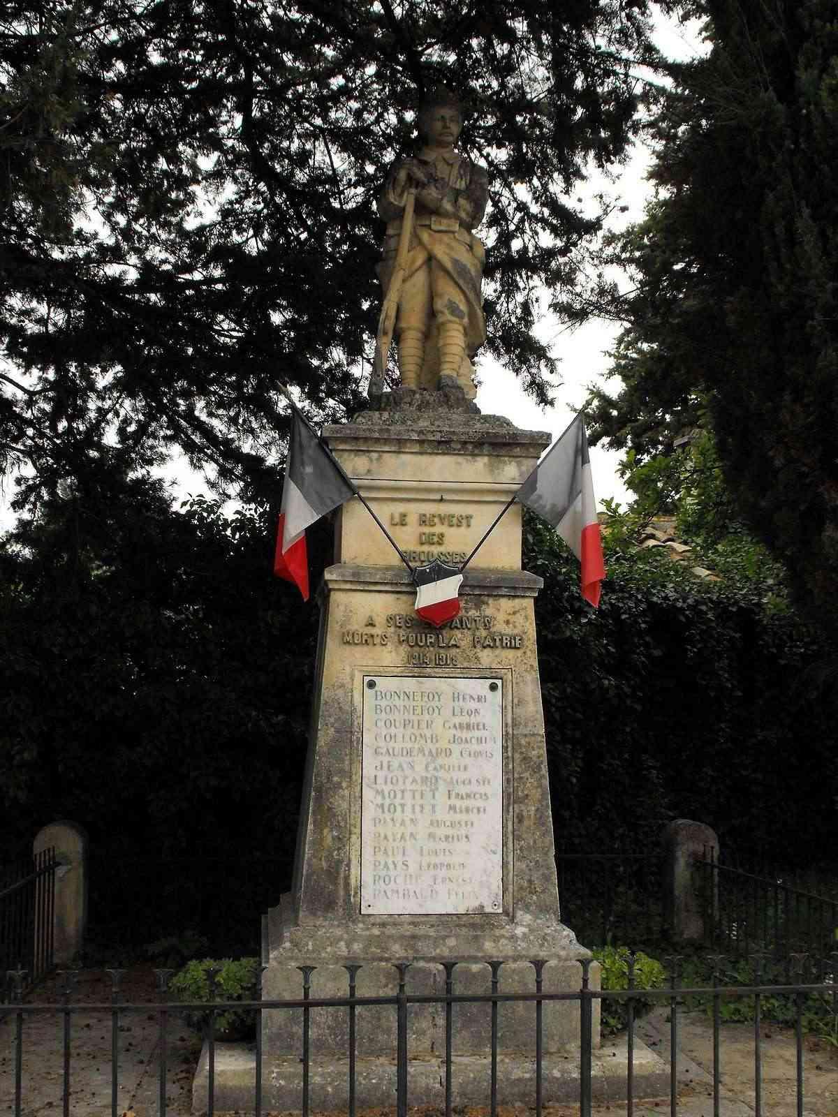 [Histoires et Histoire] Monuments aux morts originaux Français Tome 1 - Page 4 0087va10