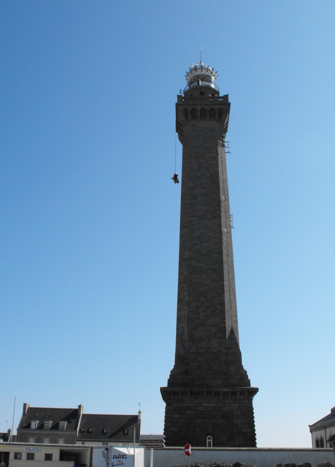 Le GRIMP 29 à l'entrainement sur le phare d' Eckmuhl (Penmarc'h) Grimp510