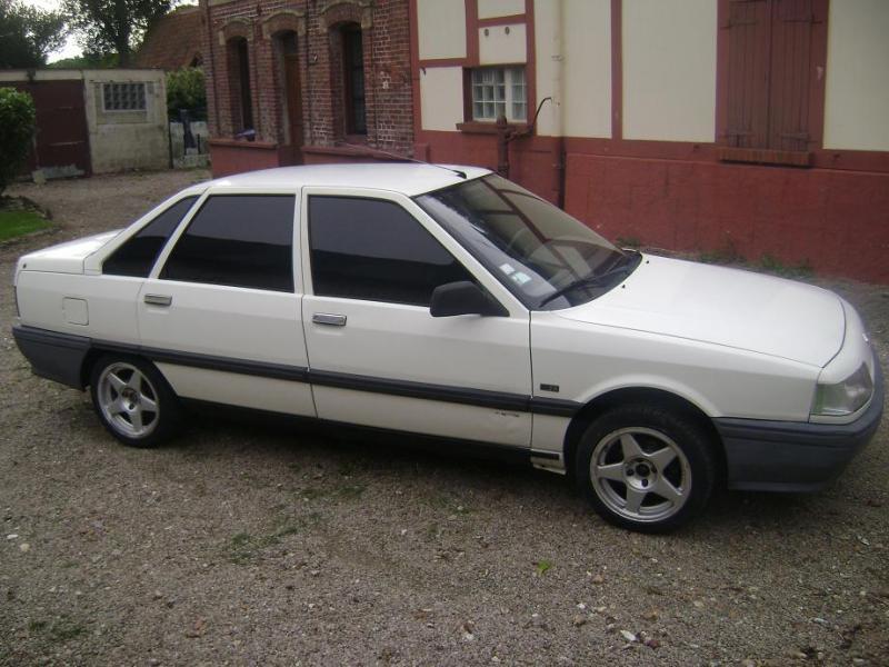 voici mes voitures actuelle et anciénne Ma_reg11