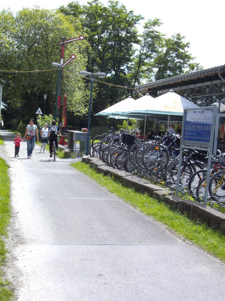 Vennbahn Part 01b Allemagne L2563 Walheim - Raeren 28_nie10