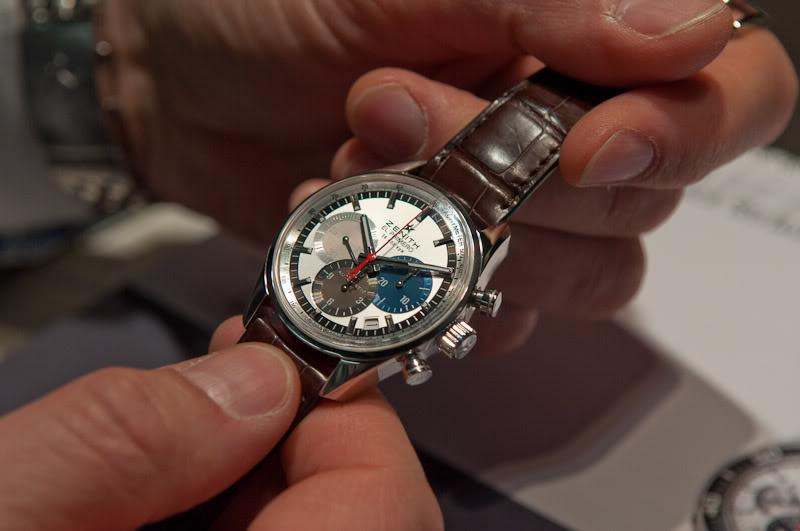 montres de + de 1000 euros - Page 2 20110311