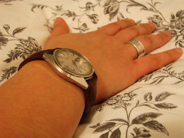 La montre non-russe du Vendredi - Page 5 Dsc00561