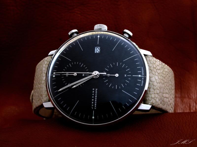 montres de + de 1000 euros - Page 3 Img_5510