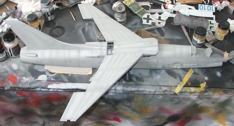 1/32nd F-8E Crusader - Page 8 Dscf2312