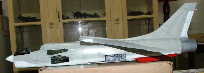 1/32nd F-8E Crusader - Page 8 Dscf2314