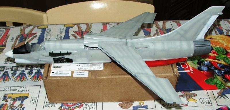 1/32nd F-8E Crusader - Page 8 Dscf2315
