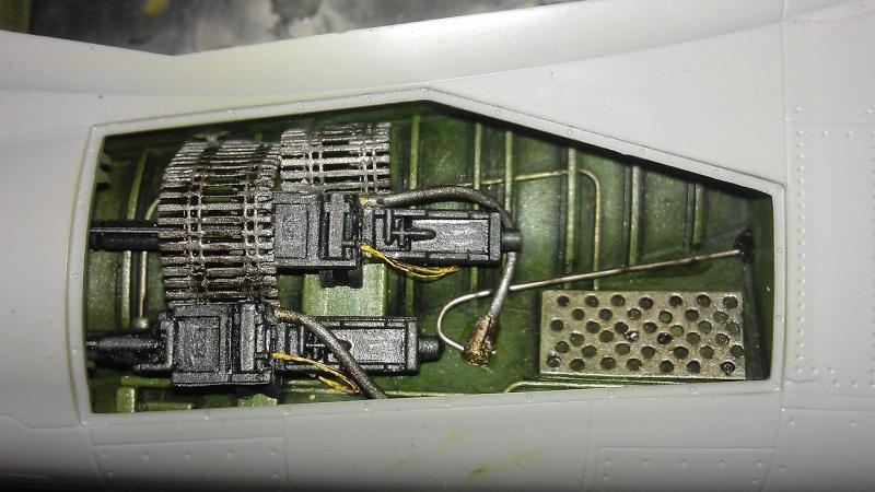1/32nd F-8E Crusader - Page 2 Imag0427