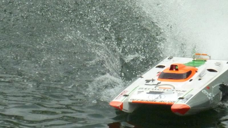 24 H de viry chatillon ( Offshore RC ) P1020087