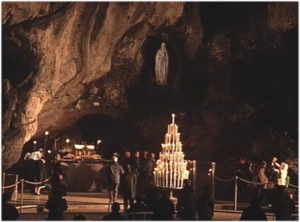Sainte et Douce fête de Notre-Dame* de Lourdes! Fate_d10