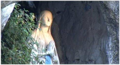 Sainte et Douce fête de Notre-Dame* de Lourdes! Grotte21