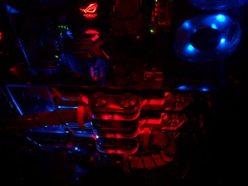 My rig ''BABYGIRL'' Asus Rampage III Extreme I7 990X 000_1614