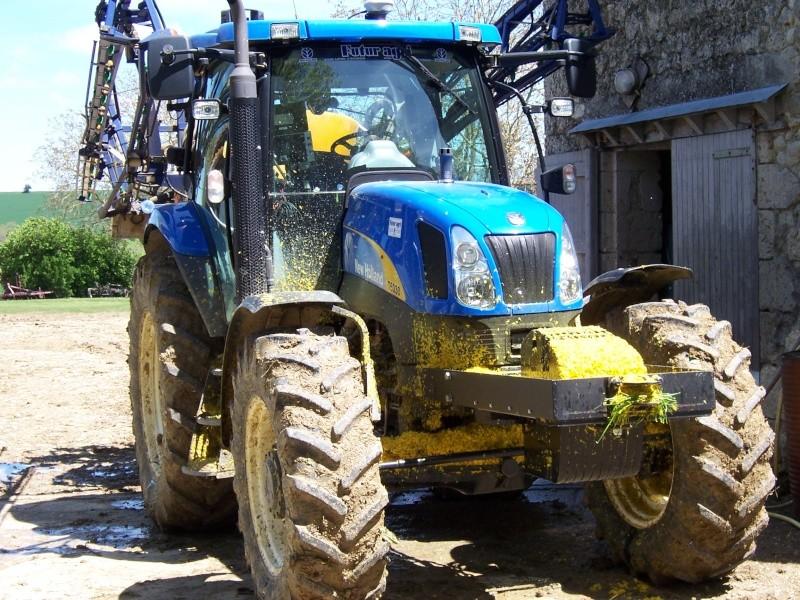 Concours du tracteur le plus cradingue - Page 2 100_5911
