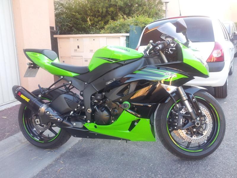 zx6r modele 2011 mais immatriculé 2012 vert/noir 2012-011