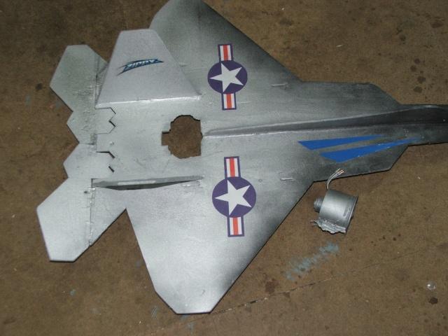 F22 Raptor - Page 3 Dscf5540
