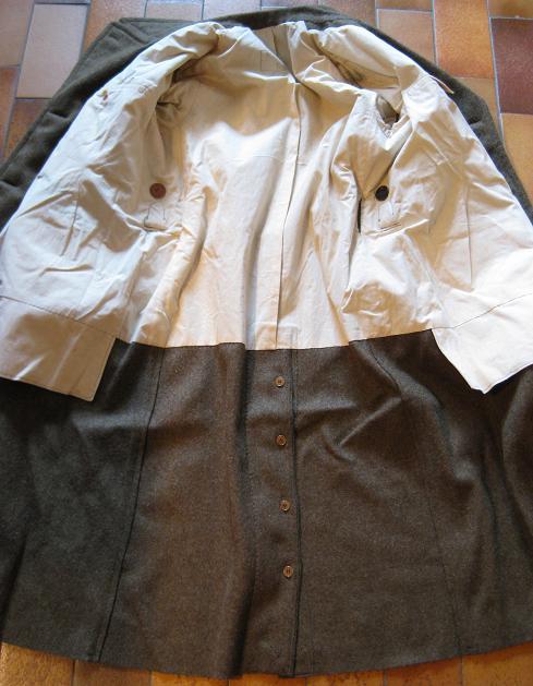 La tenue modèle 1941 / Armistice Capote16