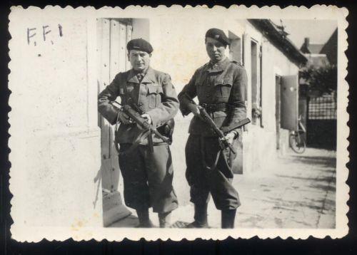 La tenue modèle 1941 / Armistice Tenue412