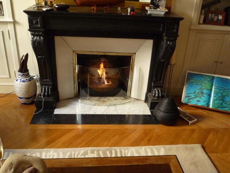 Qu'il fait bon se détendre devant un bon feu. Et vous, êtes vous plutôt cheminée, poêle ou … poêle cheminée ? P1000210