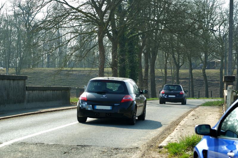[Carlioush059] Mégane II phase 2 Renault Sport R26  - Page 2 Img_5110