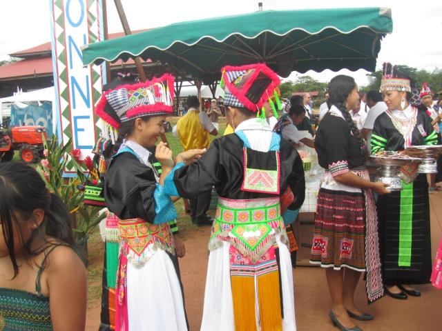 Hmoob Guyane - Page 11 Img_4615