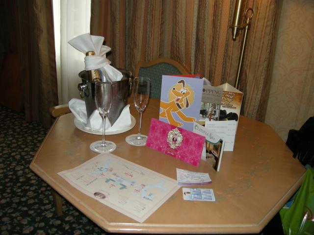 [Disneyland Paris] Ma lune de miel au CC du DLH dans la Sleeping Beauty Suite - Page 7 Dscn4910