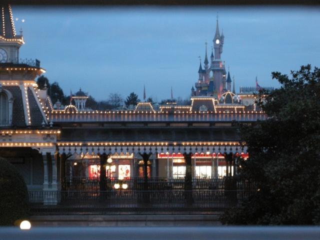 [Disneyland Paris] Ma lune de miel au CC du DLH dans la Sleeping Beauty Suite - Page 7 Dscn5010