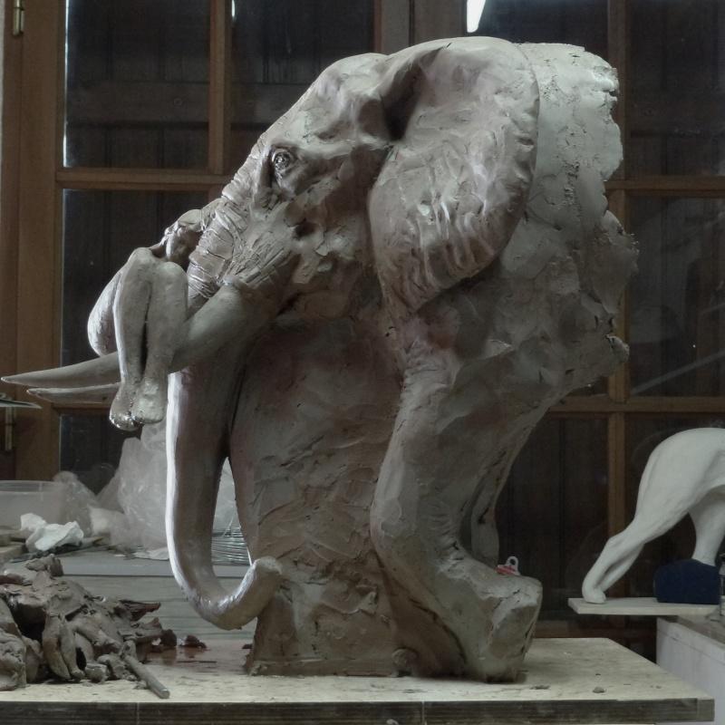 Sculpture amazone - Page 4 P1000530