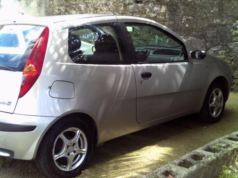 nuovo arrivo...Fiat Punto Mk2 ELX 1.2 8V 60CV 2001 - Pagina 3 Pict0445