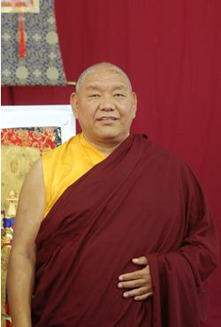 ling - Du 01 au 05 septembre, visite de Béru Khyentsé Rinpoché à Dhagpo kagyu Ling 2011-010