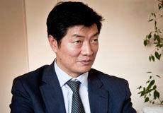 """Lobsang Sangay """"représente tous les Tibétains""""  Pict_310"""