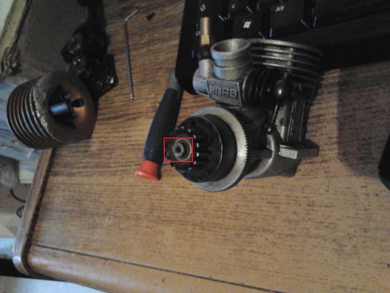 Retirer la Cloche du moteur - RB TM323 Rb_tm312
