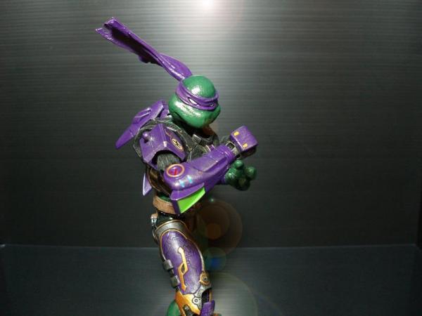custom action figures? 18500-11