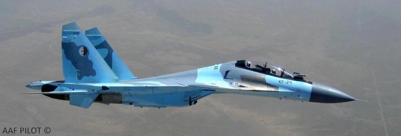 Chasseur Su-30MKA - Page 5 20110911