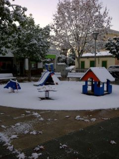 Moochers snow pics 43003710