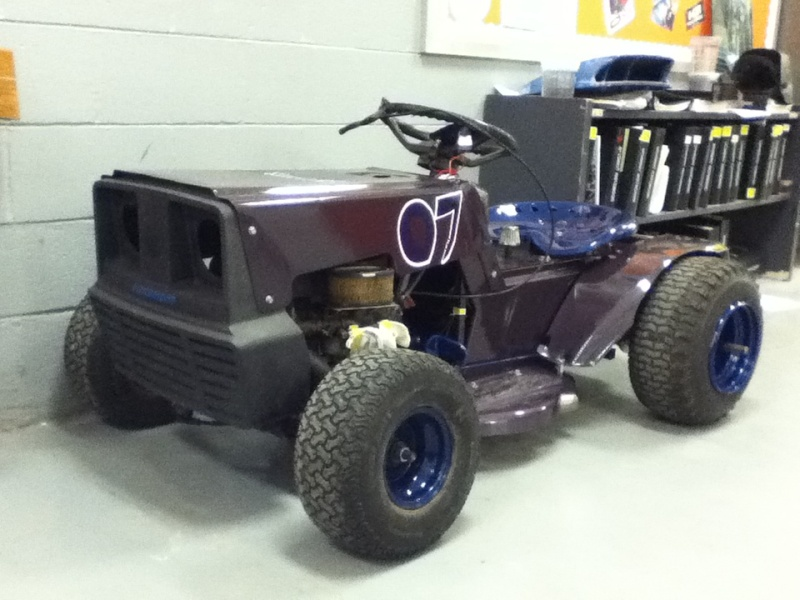 My Racing mower Img_0413