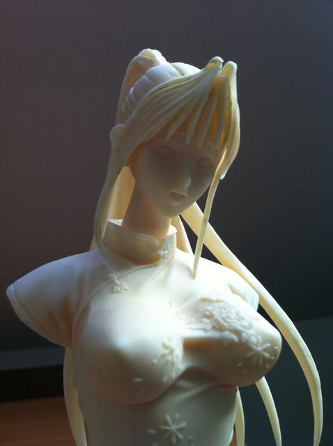 Figurine résine 1/6 avec robe chinoise 215