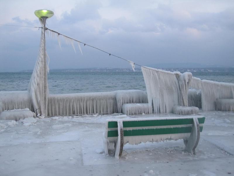 Tempête glacée au bord du lac Léman 1328