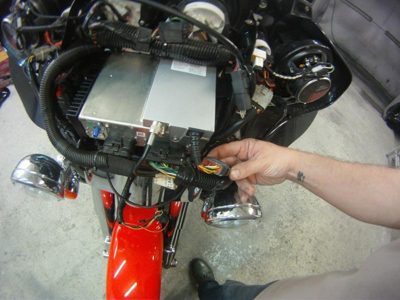 Remplacement  radio d'origine par autoradio classique Gopr0218