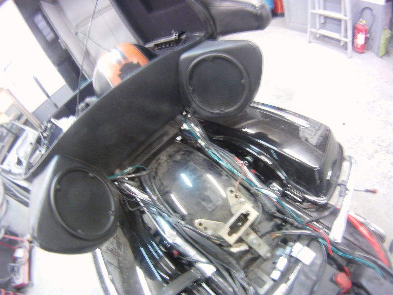 Remplacement  radio d'origine par autoradio classique Gopr0230