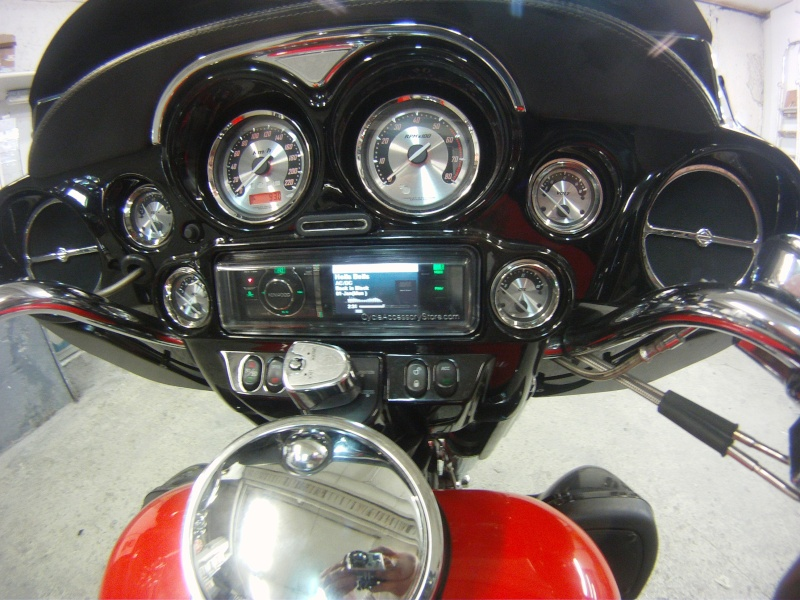Remplacement  radio d'origine par autoradio classique Gopr0236