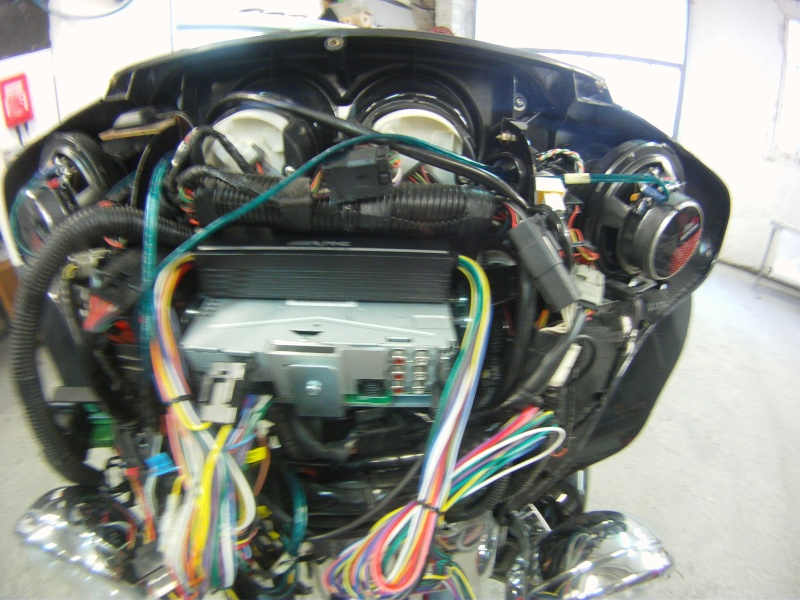 Remplacement  radio d'origine par autoradio classique - Page 3 Gopr0241