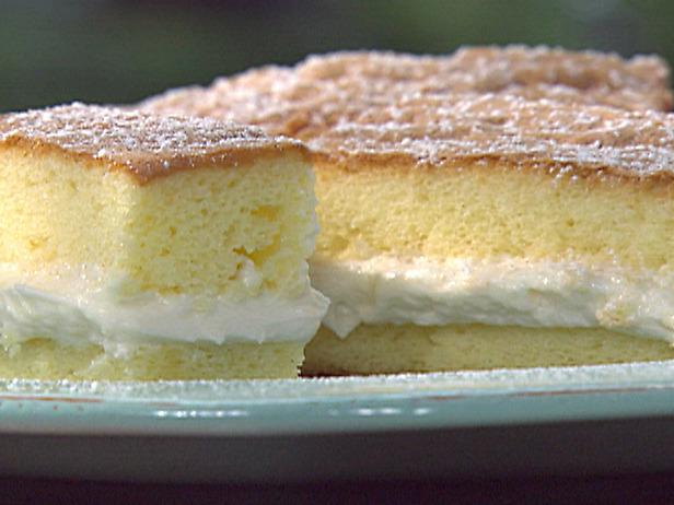 Red Velvet Sponge Cake Recipe 12577210