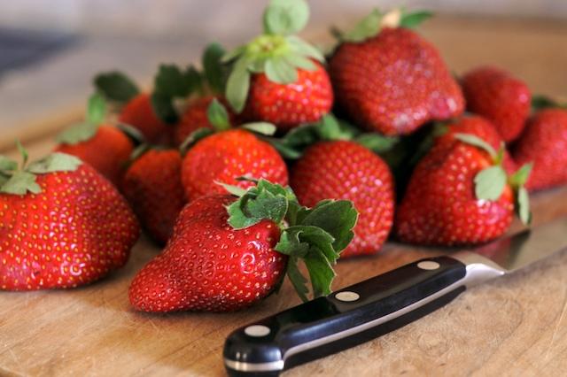 Strawberry-Buttermilk Sherbet 12825710