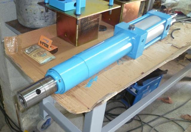 Presse hydraulique FOG P1010011