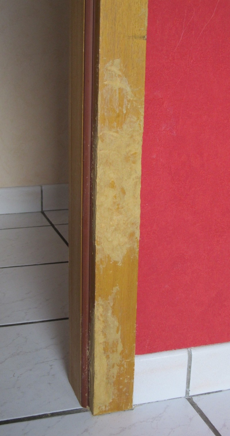 Réparation d'un encadrement de porte en bois - Page 2 Img_3510